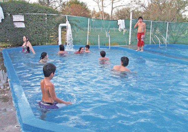 En la madrid se combinan el aire libre y las aguas for Aguas termales naturales madrid