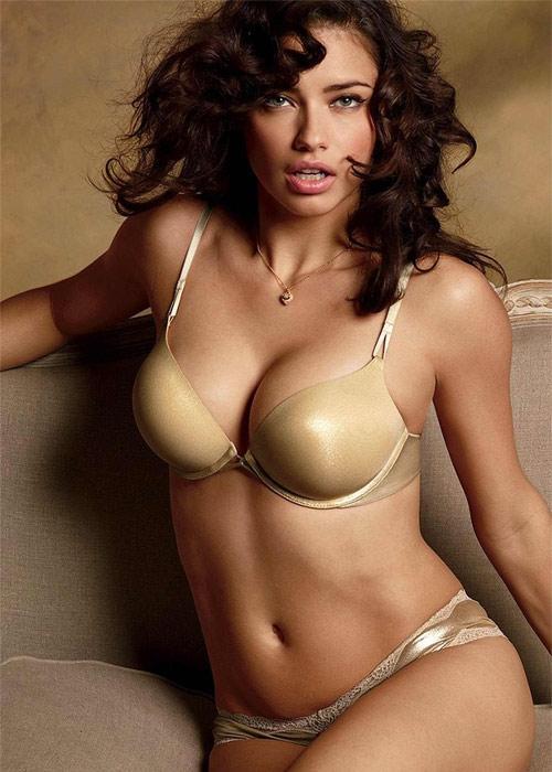 Nicole una chica adolscente con sexy cuerpo - 2 6
