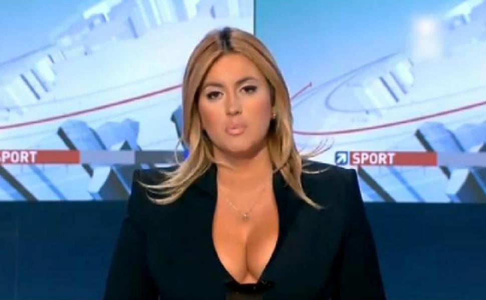 La sensual periodista que derrite la Eurocopa