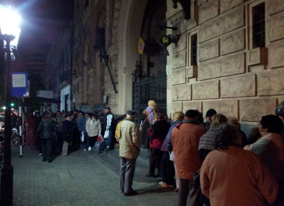 Argenta: los abuelos durmieron en la calle