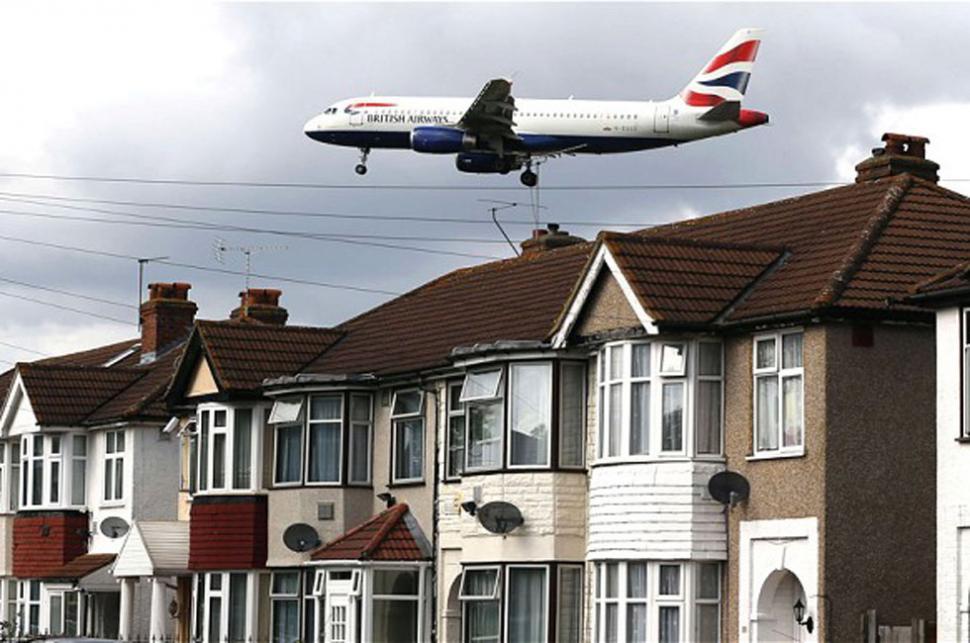 Un avión llega a Heathrow (Reuters)