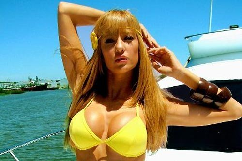 Feelings novias en bikini ruso
