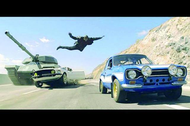 Rápidos y Furiosos 6: Gracias a Dios por los autos rápidos - La