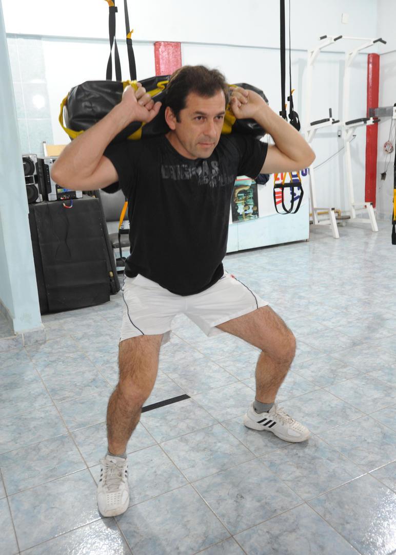 el entrenamiento militar llega a los gimnasios la gaceta