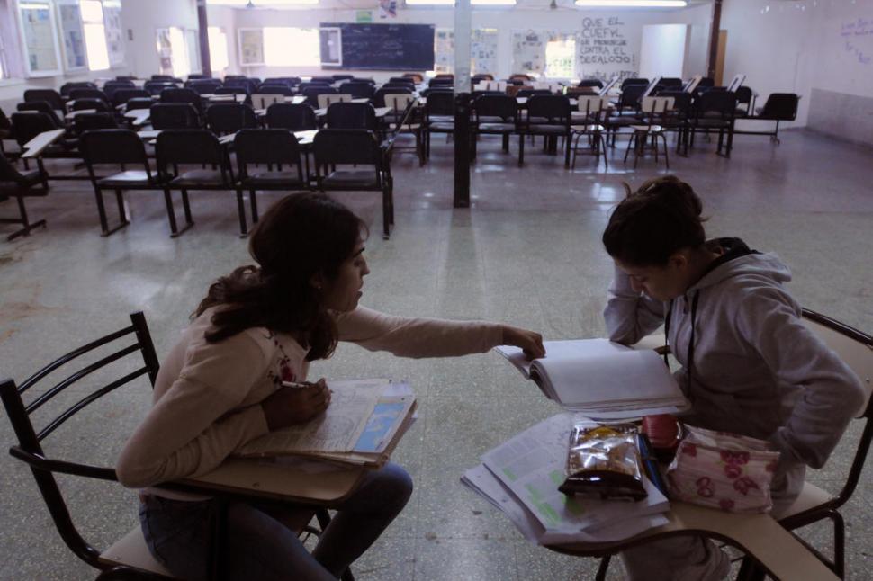 Los estudiantes gestionar n el aula bar la gaceta tucum n for Comedor estudiantil