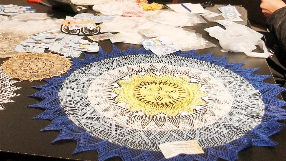 Para regalar arte dise o y piezas textiles fuera de for Algo fuera de serie