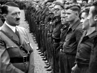 Cómo llegó Adolf Hitler a convertirse en lo que fue