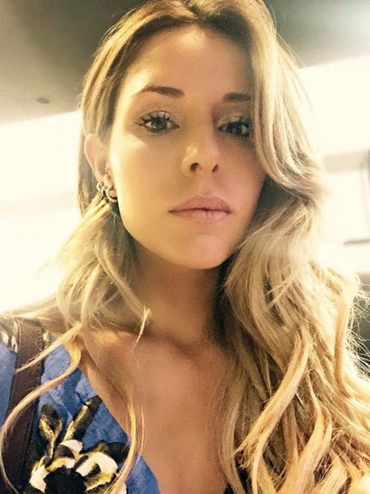 La selfie m 225 s sexy de candelaria tinelli famosos la gaceta