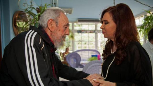 Resultado de imagen para cfk junto a Fidel Castro