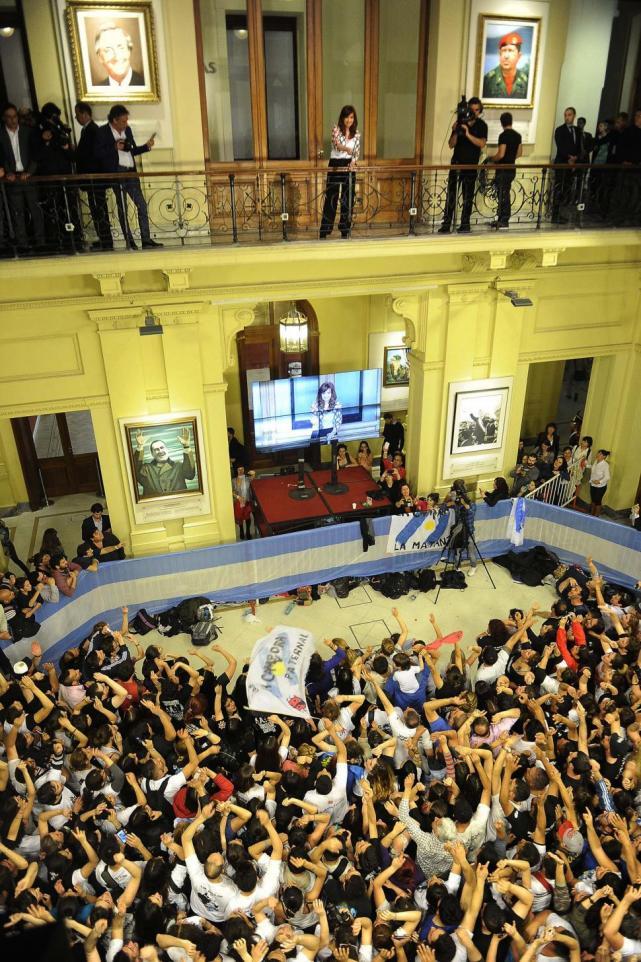"""""""Si votan a Macri, perderán los derechos"""""""