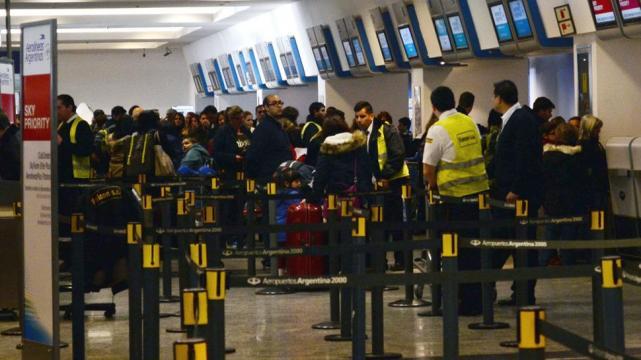 Detuvieron en el aeropuerto de Ezeiza a un libanés con antecedentes terroristas