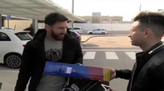 El insólito regalo que recibió Lionel Messi cuando llegó a Barcelona