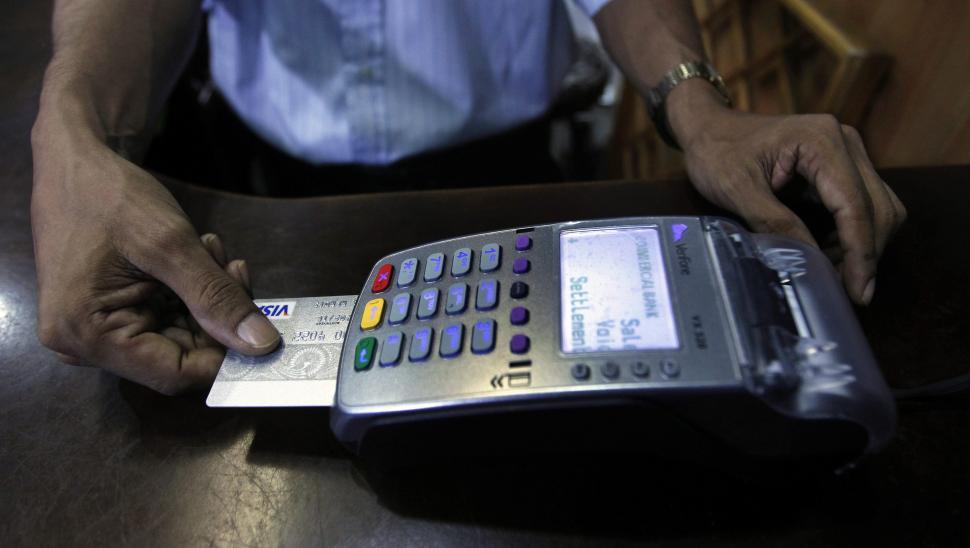 Acuerdo para reducir las comisiones de las tarjetas