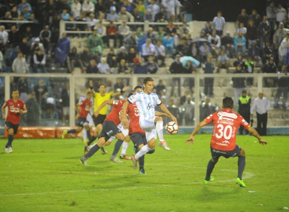 Copa Libertadores:  Atlético Tucumán le gano a Jorge Wilstermann
