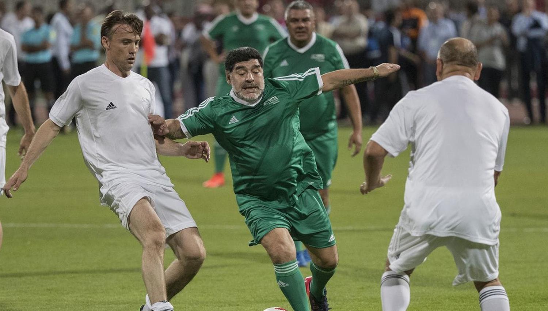 Diego Maradona, junto a Tapia, Angelici y Blanco en Bahréin — Foto viral