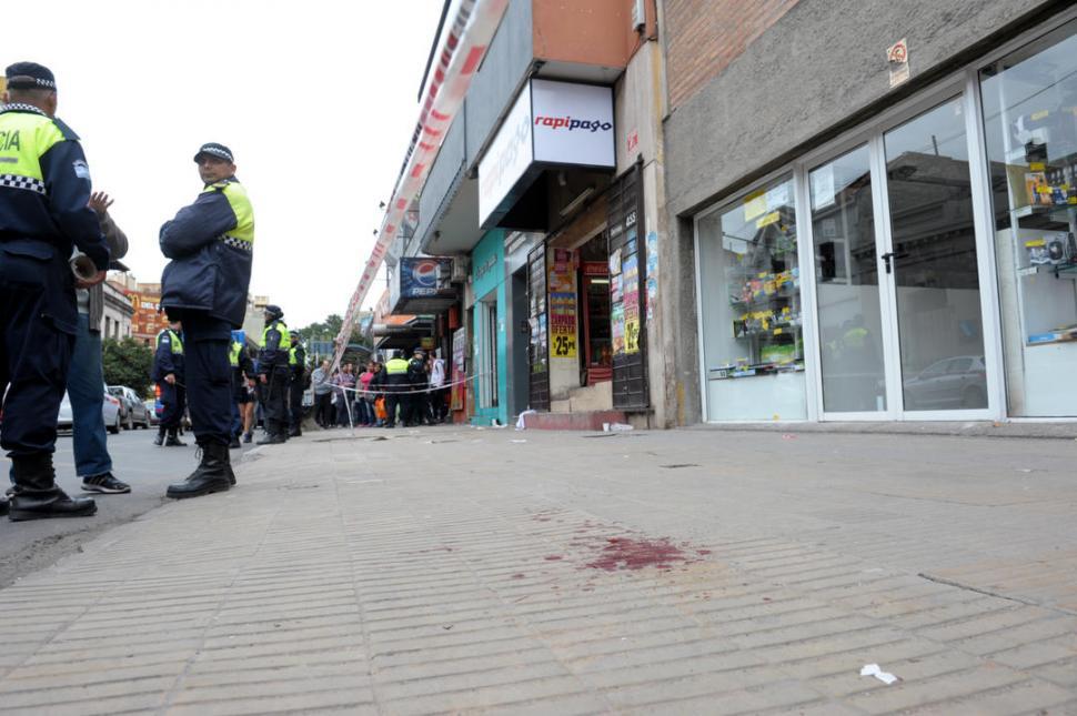 Un joven fue asesinado en una pelea a la salida del colegio