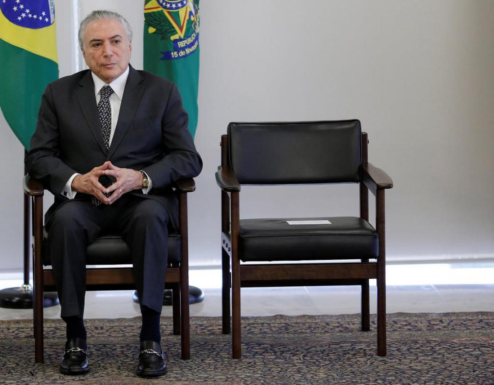 Colegio de Abogados formaliza pedido de juicio político contra Temer — Brasil