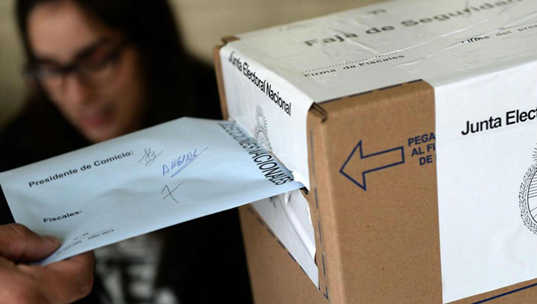 Facilitan el voto de los argentinos que viven en el exterior