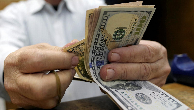 El dólar superó los $17 y alcanzó un nuevo récord