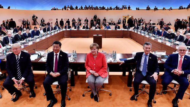 Macri celebró la Independencia en Alemania ya bordo la Fragata Libertad