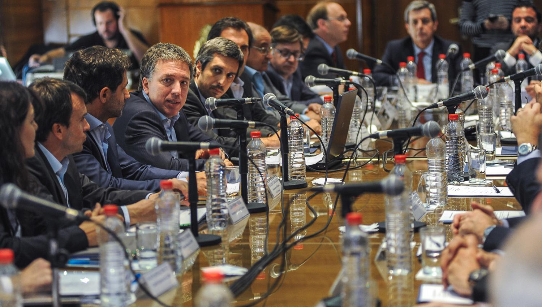 Nación y provincias acordaron proyecto para moderar el gasto público - Economía