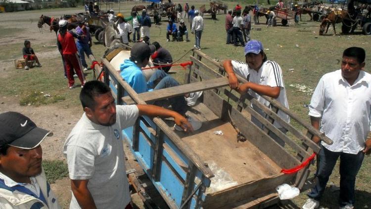 Borracho, iba en contramano por una autopista de Tucumán