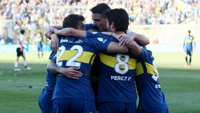 Paolo Goltz sufrió dos impactos en su cabeza en el 'Superclásico' amistoso