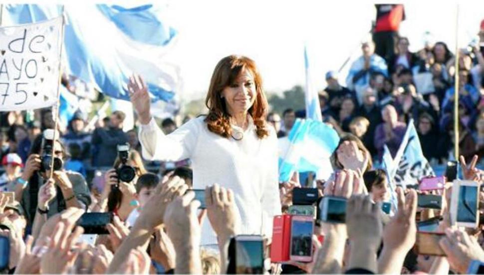 Campaña: Cristina Kirchner aceptó debatir si lo organiza alguna universidad