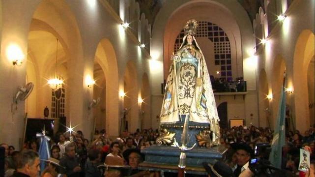 Católicos celebran Día Las Mercedes con procesión