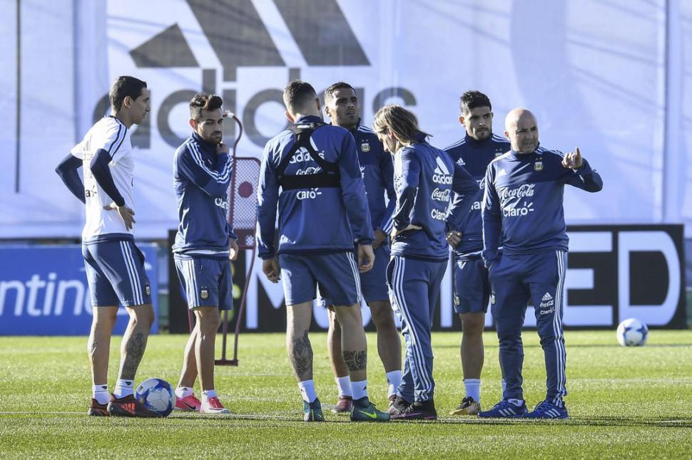 Argentina a la espera de Lionel Messi