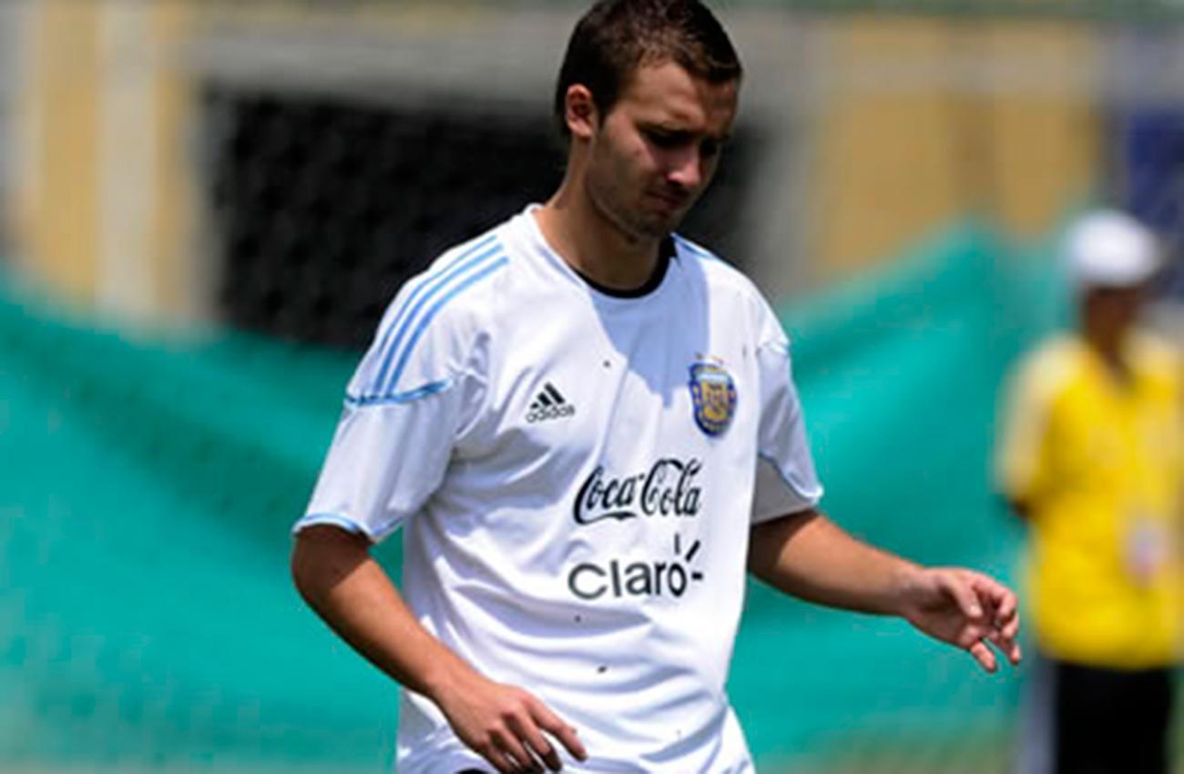 Jugador de Argentina debe presentar DNI para entrenar en Ezeiza