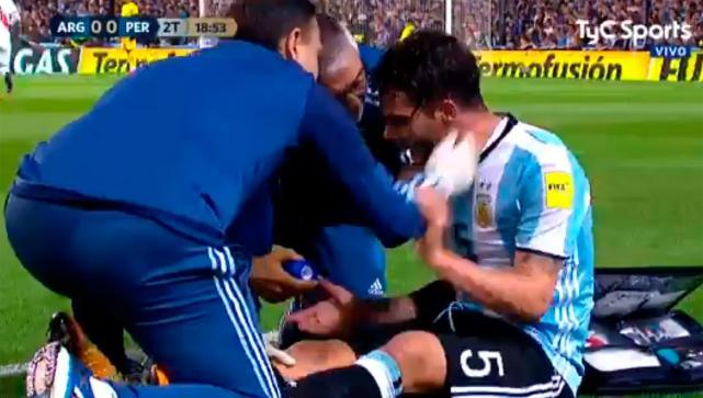 Fernando Gago se rompe los ligamentos de la rodilla