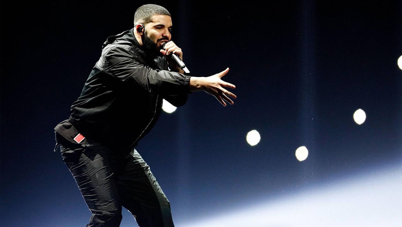 Drake detiene concierto para amenazar a hombre que manoseaba a las fans