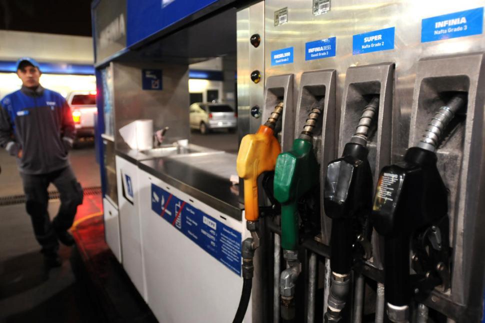 Estaciones de servicio seguirán vendiendo con tarjeta de crédito