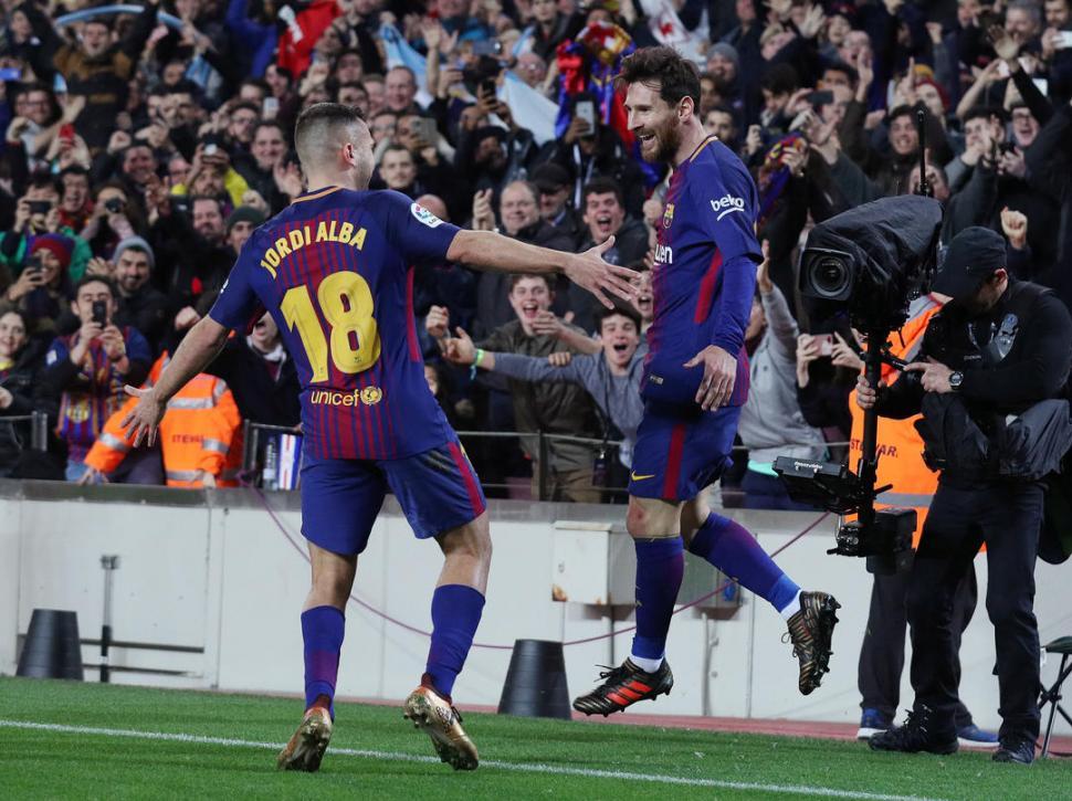 Barcelona lo ganó sobre el final ante Alavés