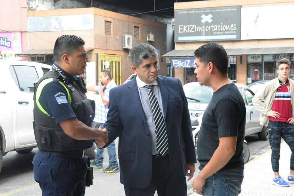 Tucumán: un hombre mató a tiros a 2 policías en un parque
