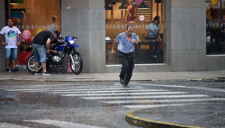 Alerta por fuertes tormentas para el comienzo de semana — Tiempo