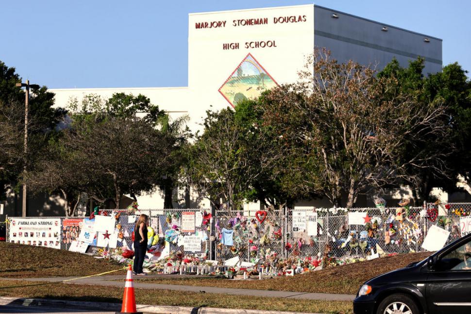 Senado de Florida aprobó proyecto para restricción de compra de armas