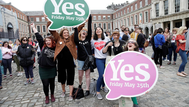 Actualidad: Irlanda votó a favor del aborto legal en un referéndum histórico