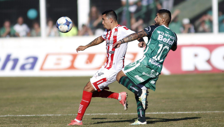 San Martín aplastó a Sarmiento y volvió a Primera