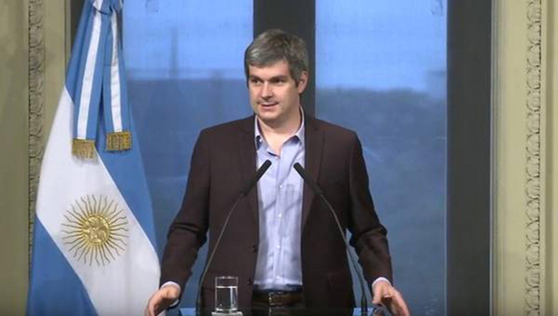 País: En Londres, Marcos Peña homenajeó a soldados caídos en Malvinas