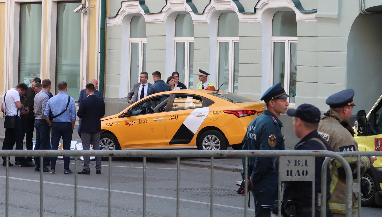 Va 2 meses a prisión, taxista que atropelló a mexicanas en Rusia