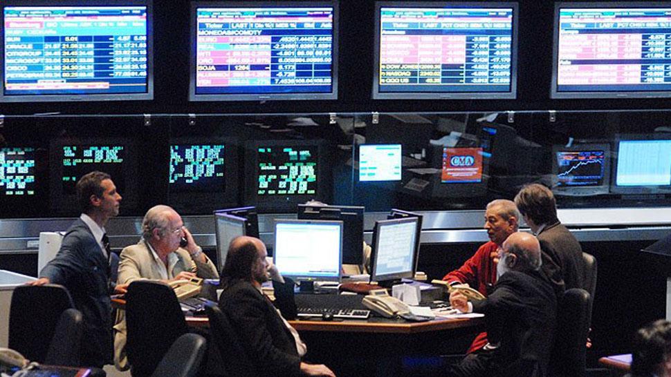 Fuerte baja del dólar: cerró la semana a $27,75