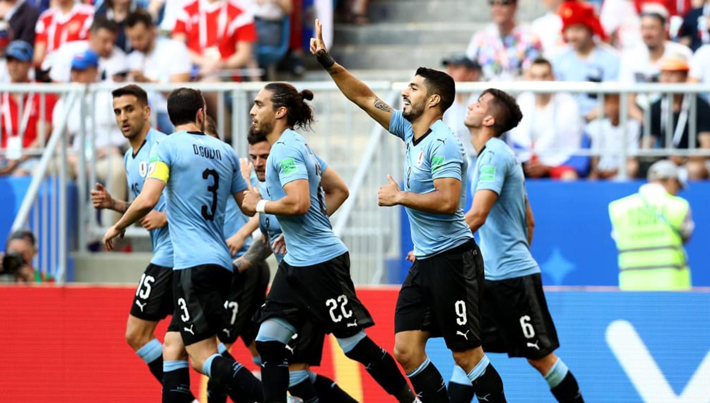 Uruguay elimina a Portugal 2-1