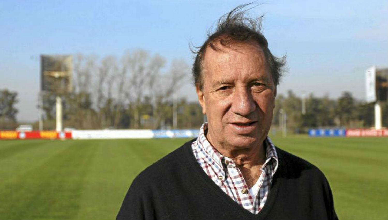Más que deportes Internaron nuevamente a Carlos Bilardo