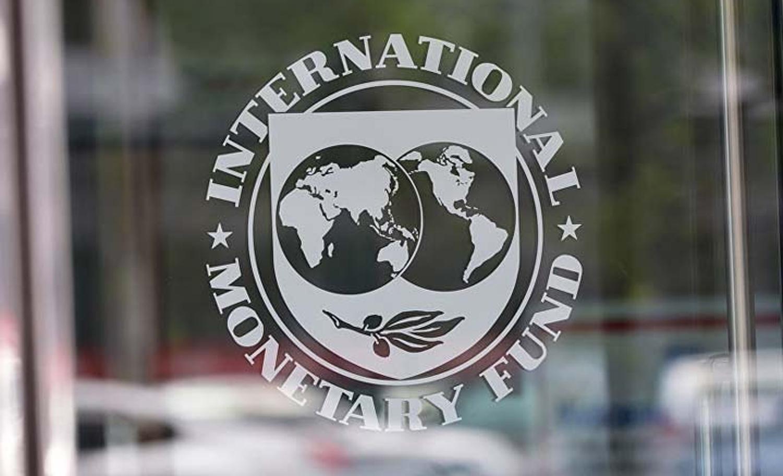 Economía: El FMI prevé que la Argentina crecerá menos
