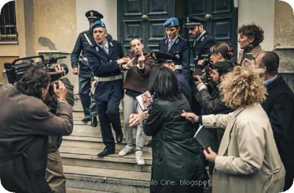 Manifestantes interrumpieron la proyección del film de Agustina Macri