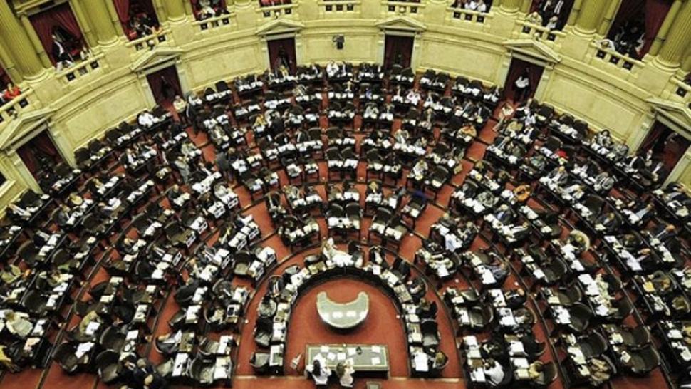 Graves incidentes frente al Congreso: al menos 27 detenidos - Política