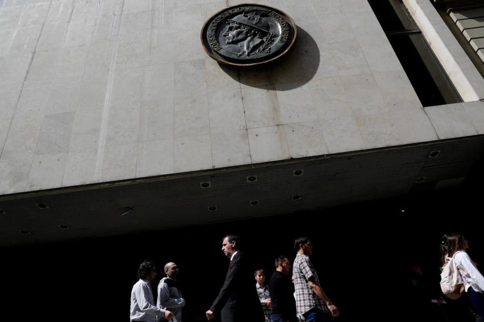 El dólar abrió a $36,90 en el Banco Nación
