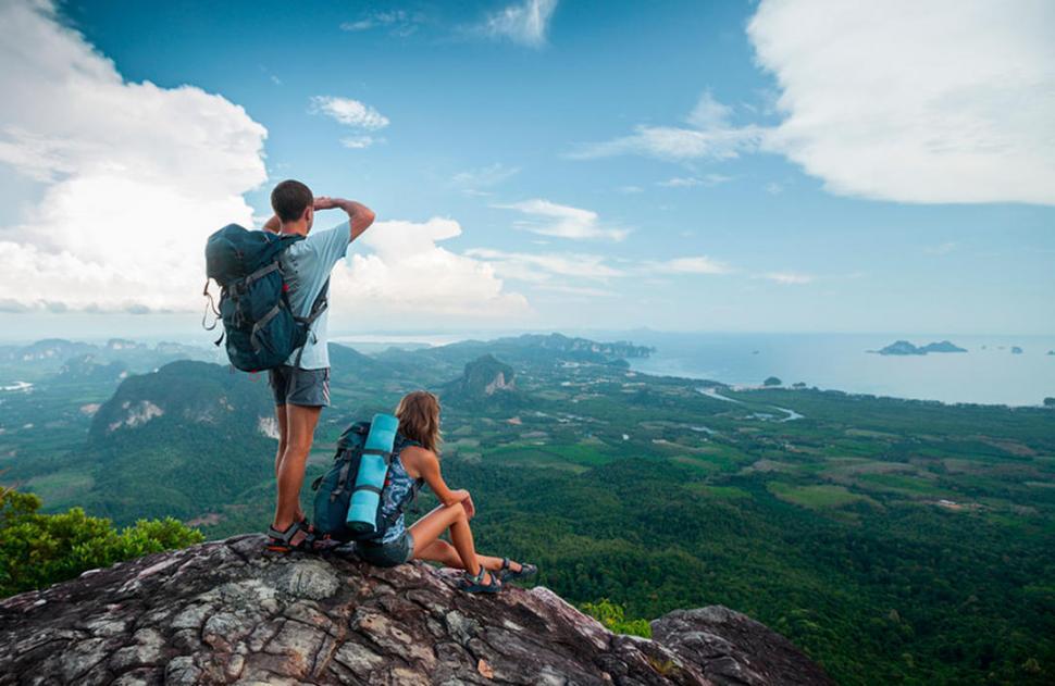 Crece el turismo, ¡vivan los viajeros!